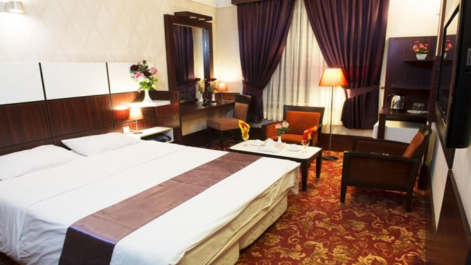 تور مشهد با قطار و اقامت در هتل عماد